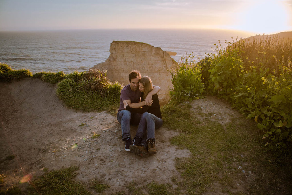 romantic-moody-beach-couple-santa-cruz-7842.jpg