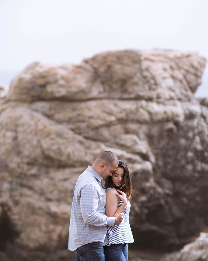 big-sur-couple-dramatic-beach-engagement-4723.jpg